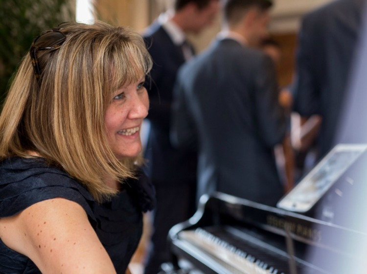 Andrea Lamballe Drinks Reception Pianist Cheshire